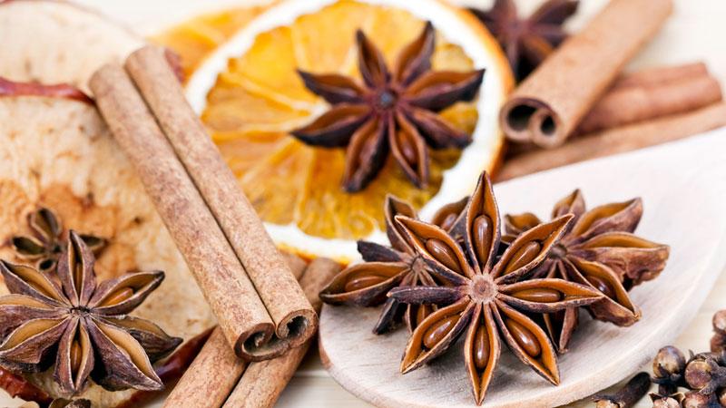 christmas essential oil blends - Christmas Essential Oils