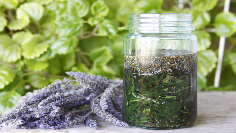 Create your own herbal bath oils